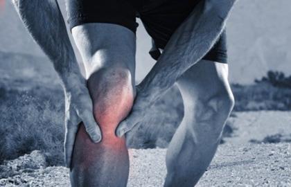 膝盖后面的腿窝疼怎么回事?