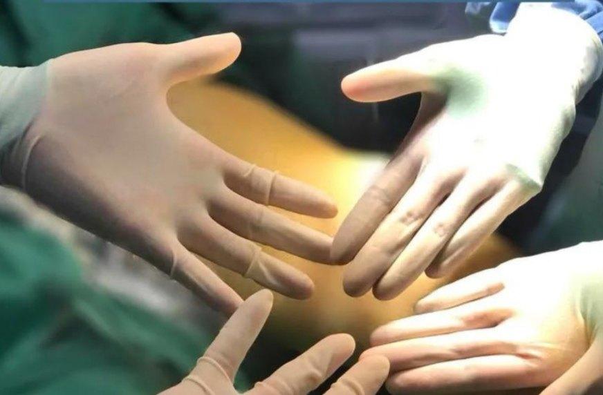 MTS微创硅胶悬吊技术医生手套没有血迹。